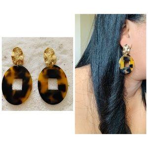 Tortoise shell earrings Oval/rectangular shape